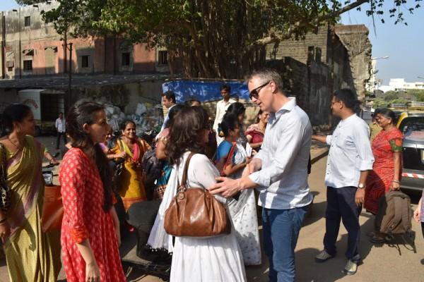 Dugnadsånden blomstrer i India