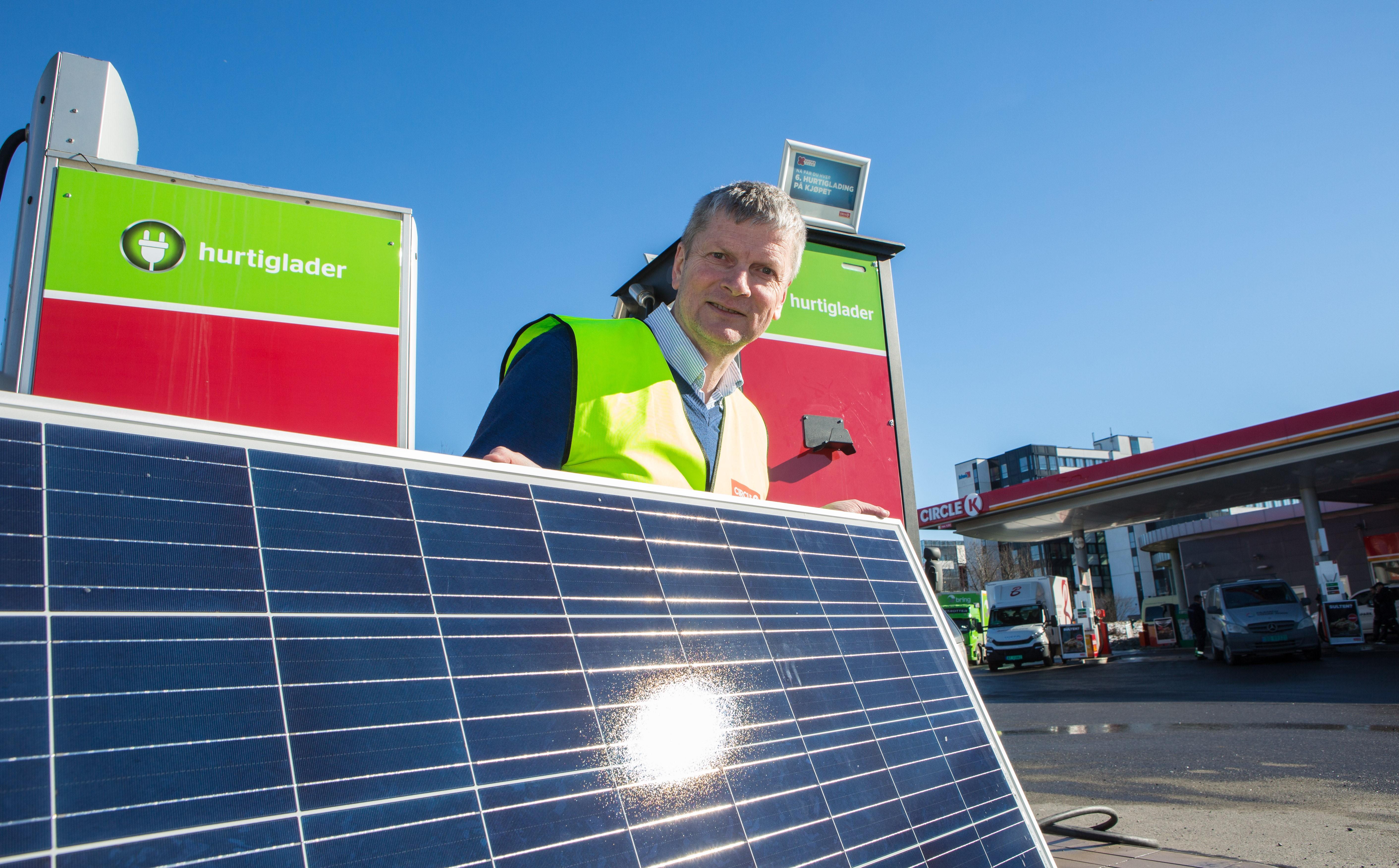 Nå kommer den første norske bensinstasjonen med solkraft