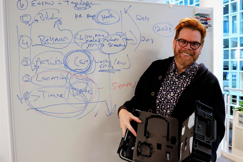 """Verdens mest """"oppkoblede"""" mann: – Teknologi reddet livet mitt"""