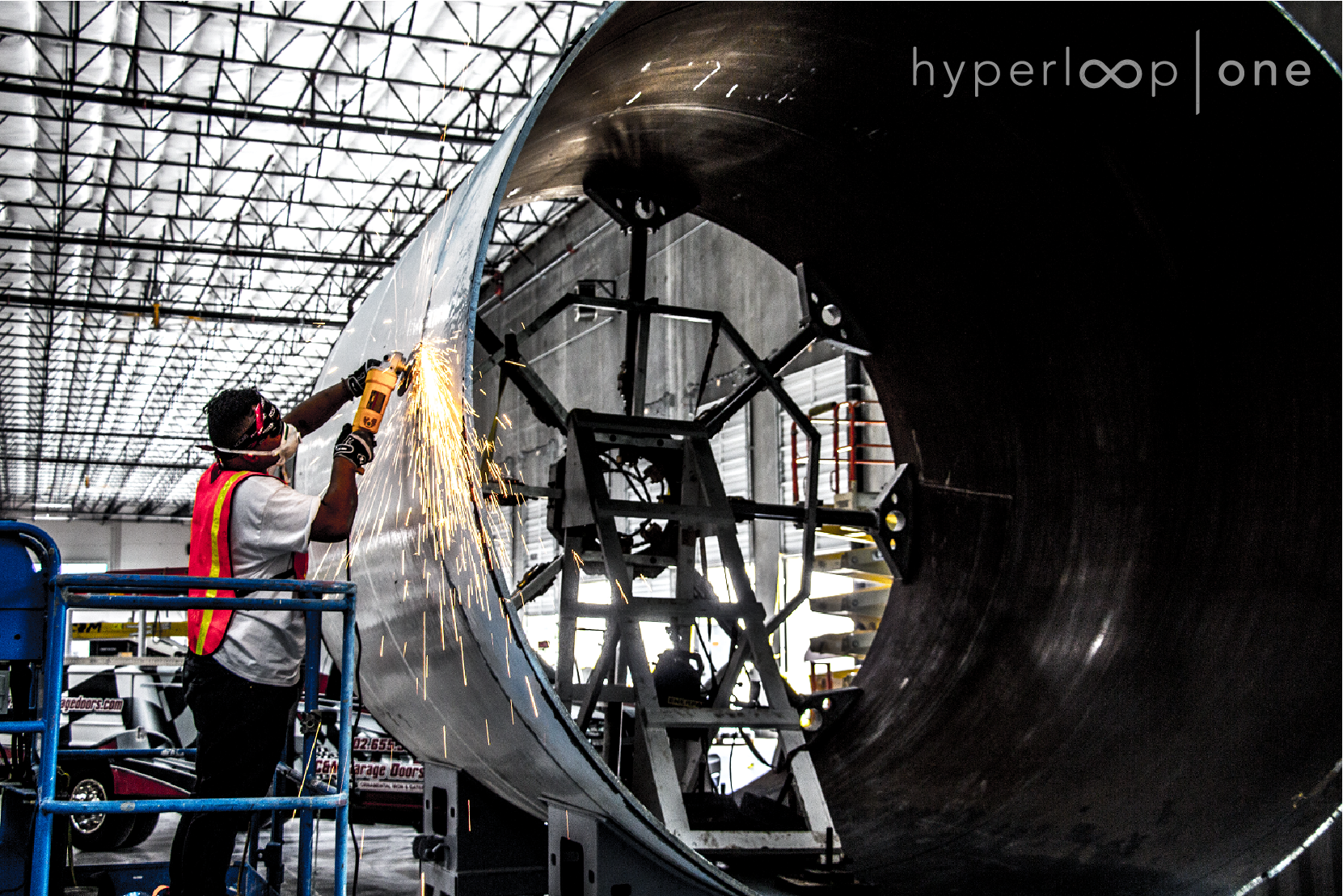 Hyperloop is faster than a passenger plane and it´s coming to Europe