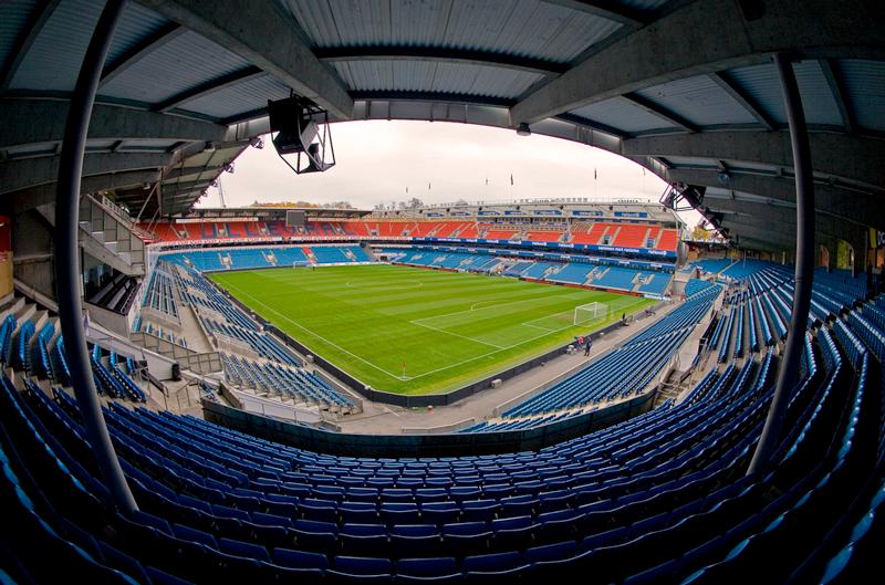 Ta med deg smarttelefonen på Ullevaal Stadion og følg med i dag!