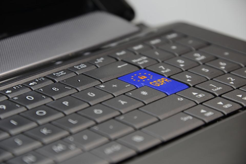 Syv av ti bekymret for håndtering av persondata, viser undersøkelse
